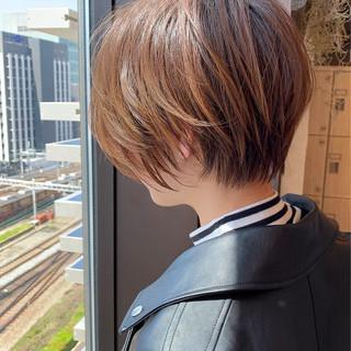 イルミナカラー 大人ショート 小顔ショート ショートヘア ヘアスタイルや髪型の写真・画像 ヘアスタイルや髪型の写真・画像