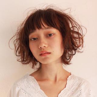 ヘアアレンジ デート パーマ ショート ヘアスタイルや髪型の写真・画像