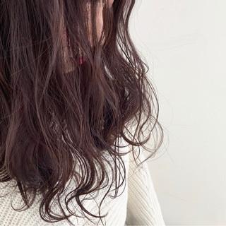 セミロング デート フェミニン ゆるふわ ヘアスタイルや髪型の写真・画像