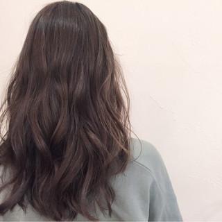 グラデーションカラー セミロング アッシュ ナチュラル ヘアスタイルや髪型の写真・画像