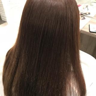 ロング 髪質改善トリートメント ナチュラル 縮毛矯正 ヘアスタイルや髪型の写真・画像 ヘアスタイルや髪型の写真・画像