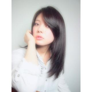 セミロング 黒髪 暗髪 レイヤーカット ヘアスタイルや髪型の写真・画像