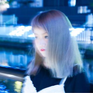 グラデーションカラー ワイドバング ミディアム ピンク ヘアスタイルや髪型の写真・画像