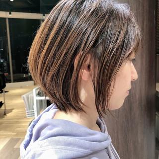 インナーカラー ショート ミニボブ ショートボブ ヘアスタイルや髪型の写真・画像