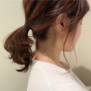 オレンジ ミディアム ローポニーテール ヘアアレンジ ヘアスタイルや髪型の写真・画像 ヘアスタイルや髪型の写真・画像