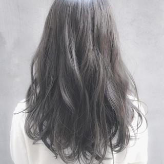 外国人風 イルミナカラー ナチュラル デート ヘアスタイルや髪型の写真・画像