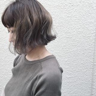 ボブ 外国人風 アッシュ ブリーチ ヘアスタイルや髪型の写真・画像 ヘアスタイルや髪型の写真・画像