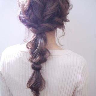 ヘアアレンジ グレージュ 結婚式 ナチュラル ヘアスタイルや髪型の写真・画像