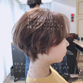 ナチュラル 大人可愛い アンニュイほつれヘア ショート ヘアスタイルや髪型の写真・画像
