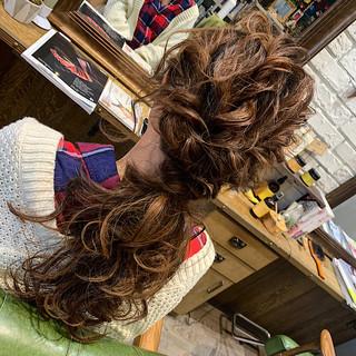 フェミニン ロング ヘアセット 結婚式 ヘアスタイルや髪型の写真・画像 | 平井 潮里/ENTRAIDE / ENTRAIDE  hair design studio