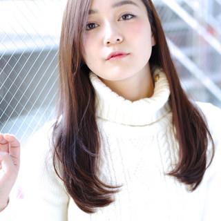 フェミニン かわいい ストレート ロング ヘアスタイルや髪型の写真・画像 ヘアスタイルや髪型の写真・画像