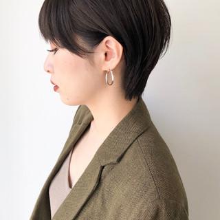 ショートヘア 暗髪女子 ショートボブ ベリーショート ヘアスタイルや髪型の写真・画像