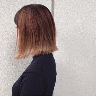 ボブ 切りっぱなし 外国人風 ストリート ヘアスタイルや髪型の写真・画像