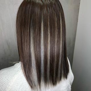 ミディアム 裾カラー ストリート ハイライト ヘアスタイルや髪型の写真・画像