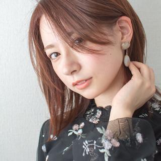 ミディアム ファッション 大人かわいい オフィス ヘアスタイルや髪型の写真・画像