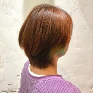 ショート インナーカラー オレンジベージュ ウルフカット ヘアスタイルや髪型の写真・画像
