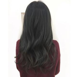 パーマ 外国人風 アッシュ 暗髪 ヘアスタイルや髪型の写真・画像