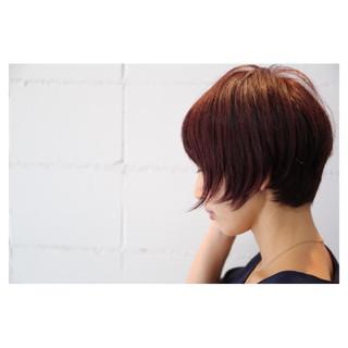 ショート ショートボブ ナチュラル イルミナカラー ヘアスタイルや髪型の写真・画像