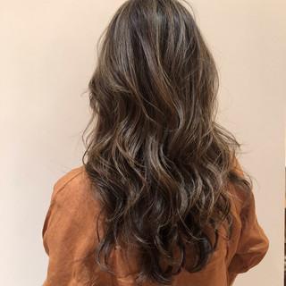 ヘアカラー ロング 春ヘア ナチュラル ヘアスタイルや髪型の写真・画像 ヘアスタイルや髪型の写真・画像