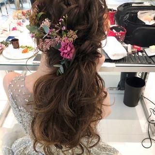 ロング ゆるナチュラル フェミニン ヘアアレンジ ヘアスタイルや髪型の写真・画像