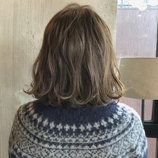 ロブ ヘアアレンジ ミディアム 外国人風カラー ヘアスタイルや髪型の写真・画像