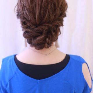 ゆるふわ 簡単ヘアアレンジ ショート 波ウェーブ ヘアスタイルや髪型の写真・画像