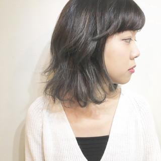 色気 ウルフカット アッシュ ストリート ヘアスタイルや髪型の写真・画像