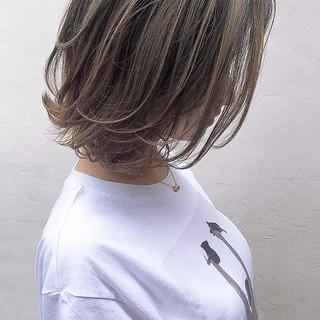 ナチュラル バレイヤージュ アンニュイほつれヘア 外国人風カラー ヘアスタイルや髪型の写真・画像