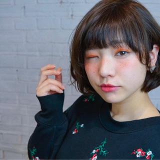 暗髪 前髪あり 色気 フェミニン ヘアスタイルや髪型の写真・画像