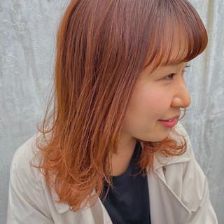 ミディアム ストリート オレンジカラー ヘアスタイルや髪型の写真・画像