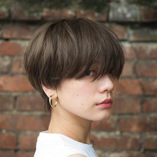 マッシュショート ナチュラル マッシュ ショート ヘアスタイルや髪型の写真・画像