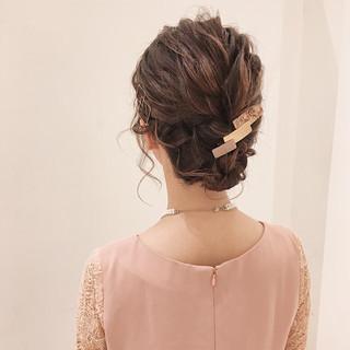 ヘアアレンジ フェミニン 大人かわいい 結婚式 ヘアスタイルや髪型の写真・画像 ヘアスタイルや髪型の写真・画像