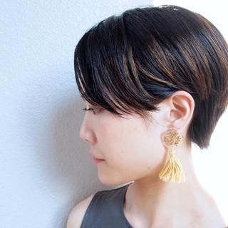 ハンサムショート オフィス ハイライト ショート ヘアスタイルや髪型の写真・画像