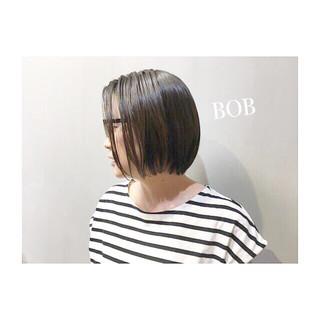 ボブ エフォートレス グレー ナチュラル ヘアスタイルや髪型の写真・画像
