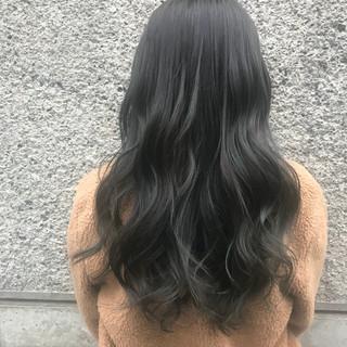 ドライフラワー ロング 透明感 グレージュ ヘアスタイルや髪型の写真・画像