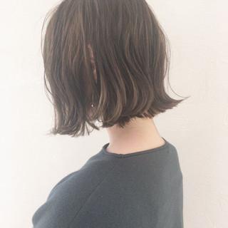 大人かわいい 切りっぱなし デート ナチュラル ヘアスタイルや髪型の写真・画像