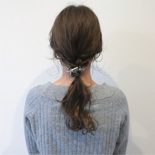 大人女子 ポニーテール セミロング フリンジバング ヘアスタイルや髪型の写真・画像