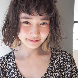 くせ毛風 透明感 秋 アンニュイ ヘアスタイルや髪型の写真・画像