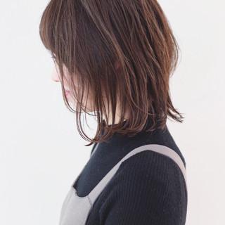 パーマ ストリート ミディアムレイヤー グラデーションカラー ヘアスタイルや髪型の写真・画像 ヘアスタイルや髪型の写真・画像