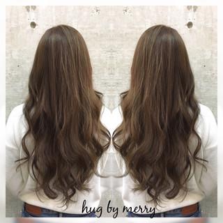 前髪あり ロング ゆるふわ 暗髪 ヘアスタイルや髪型の写真・画像 ヘアスタイルや髪型の写真・画像