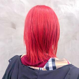切りっぱなし ヘアマニキュア ミディアム ダブルカラー ヘアスタイルや髪型の写真・画像