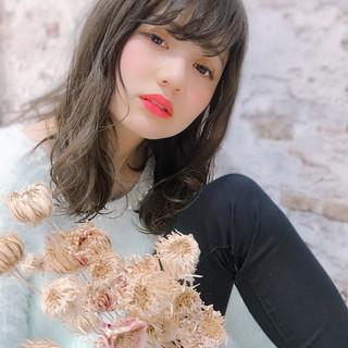 イルミナカラー フェミニン グレージュ 大人可愛い ヘアスタイルや髪型の写真・画像 ヘアスタイルや髪型の写真・画像