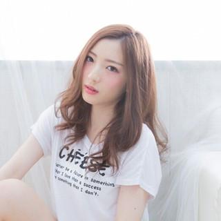 ヘアアレンジ 大人かわいい 外国人風 パーマ ヘアスタイルや髪型の写真・画像