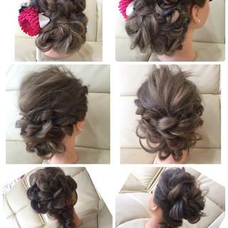 フィッシュボーン セミロング 編み込み ポニーテール ヘアスタイルや髪型の写真・画像