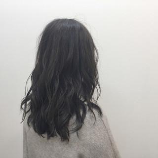 ナチュラル セミロング ハイライト 透明感 ヘアスタイルや髪型の写真・画像