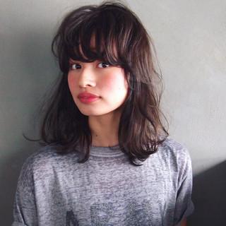 黒髪 大人かわいい ミディアム ストレート ヘアスタイルや髪型の写真・画像 ヘアスタイルや髪型の写真・画像