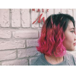 ストリート ピンク カラートリートメント ボブ ヘアスタイルや髪型の写真・画像