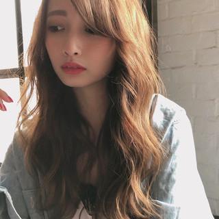 小顔ヘア デジタルパーマ グレージュ ナチュラル ヘアスタイルや髪型の写真・画像