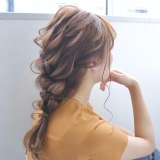 簡単ヘアアレンジ 編みおろし ヘアアレンジ デート ヘアスタイルや髪型の写真・画像   takashi cawamura / HAIR & MAKE•UP TAXI