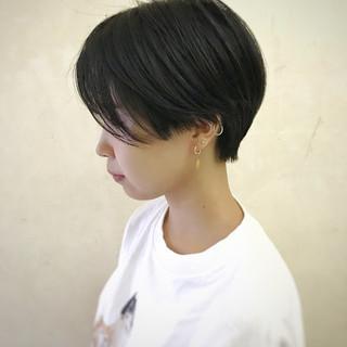 暗髪 ショート 黒髪 小顔ショート ヘアスタイルや髪型の写真・画像